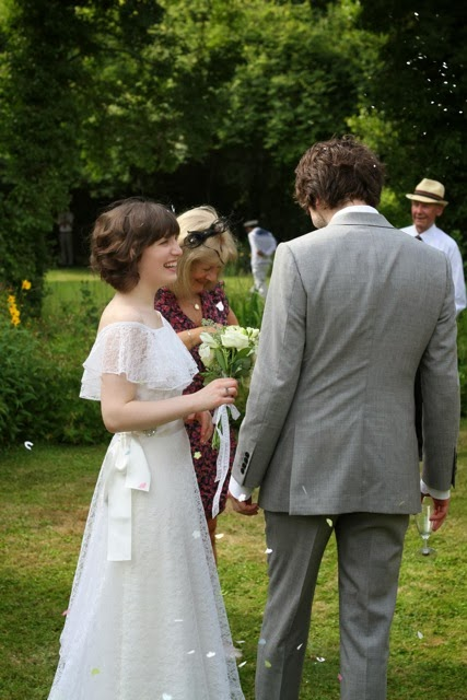 HVB vintage wedding blog, Real Vintage Brides feature - Lauren in full length 1970s lace wedding dress