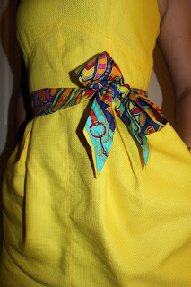 How to wear Hermes twilly scarves