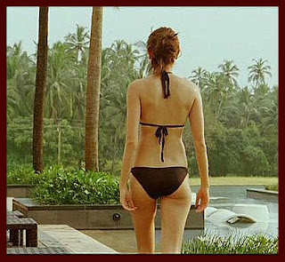 Anushka Sharma Black Back.jpg