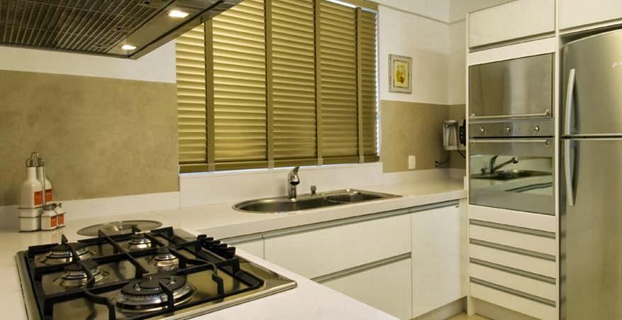 decoracao cozinha bege:Essa seria a cozinha! Toda branca, com detalhes em bege revestindo