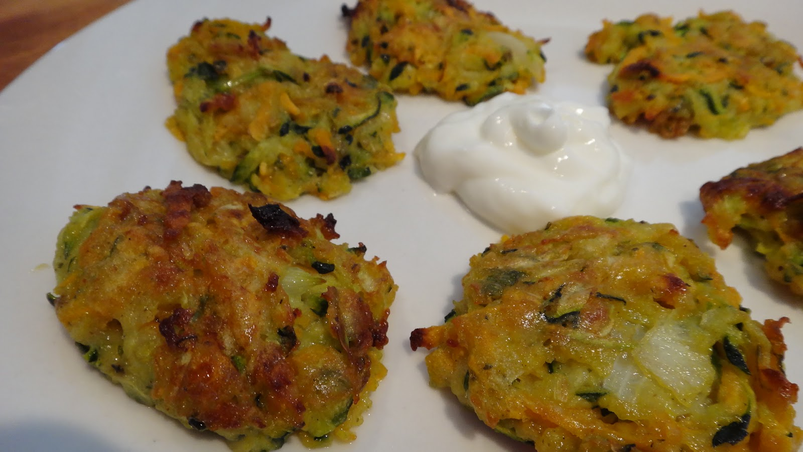 want to cook that: Sweet Potato and Zucchini Latkes