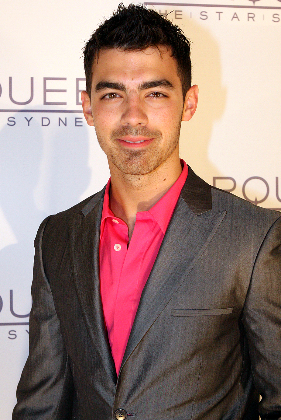 Hollywood: Joe Jonas P...