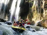5 Atraksi Wisata Di Terpopuler Indonesia