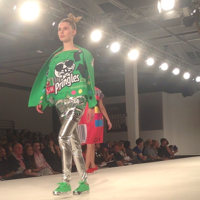 Graduate Fashion Week - Eujean Cha - Crispy chips fashion trend