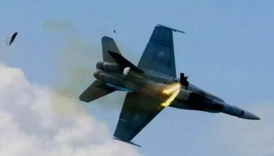 Βίντεο: Οι εντυπωσιακότερες συντριβές μαχητικών αεροσκαφών που κατέγραψε η κάμερα