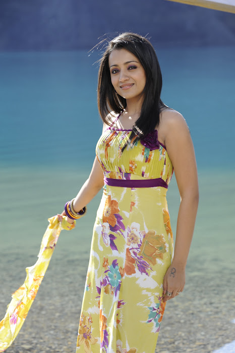 trisha in modern dress in guard glamour  images