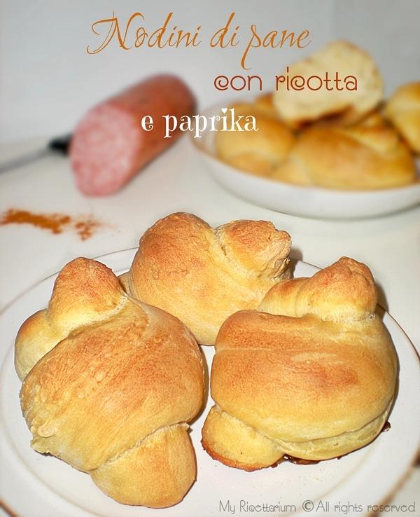 Nodini di pane con ricotta e paprika
