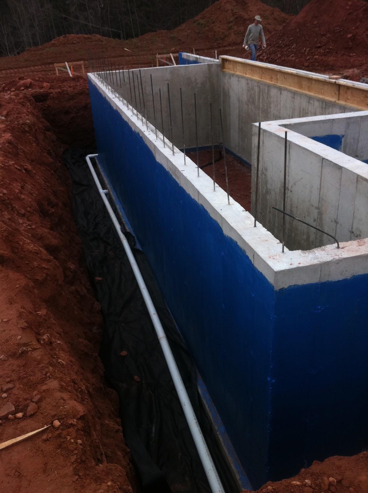 http://2.bp.blogspot.com/-d3wlVrXLv5A/TdEhdLv8b_I/AAAAAAAAABw/RZQsbBZ08jg/s1600/Blue+Seal+on+Basement+walls.JPG