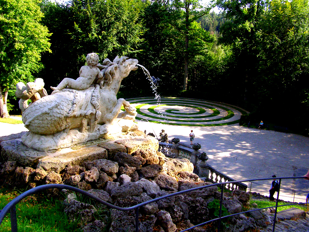 Loveisspeed the fantaisie palace was the summer for Garden design history