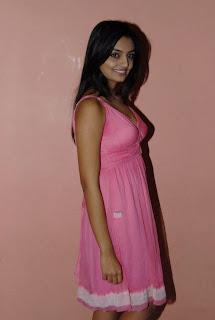 Nikitha Narayan New  Pictures Stills CF 011.Blogspot