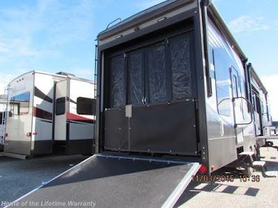 rv dealer, fifth wheel