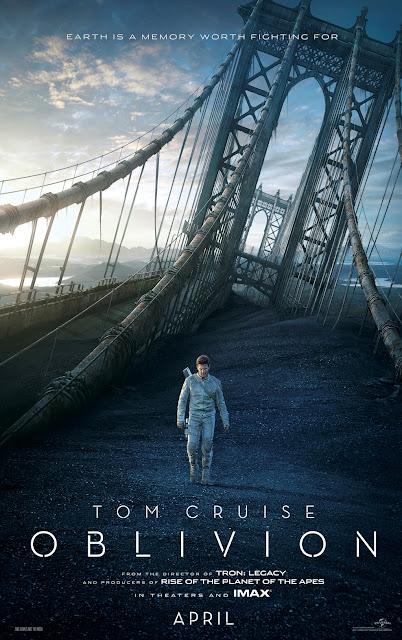 Morgan Freeman y Tom Cruise en Oblivion.