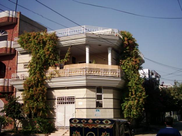 double story 5 marla house for sale in allama iqbal town