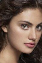 Image of Phoebe Tonkin