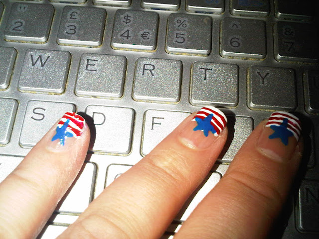 July 4 Nailart