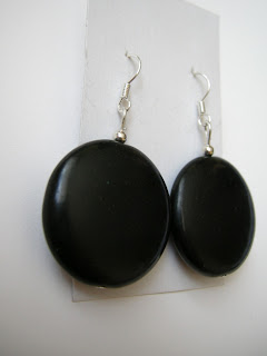 biżuteria z półfabrykatów - czarne koła (kolczyki)