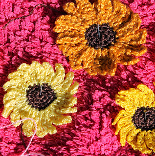 Blocking crochet sunflowers
