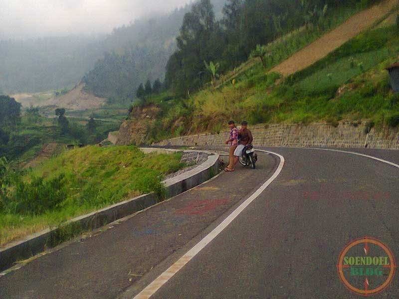 Jalan Tembus Karanganyar Tawangmangu