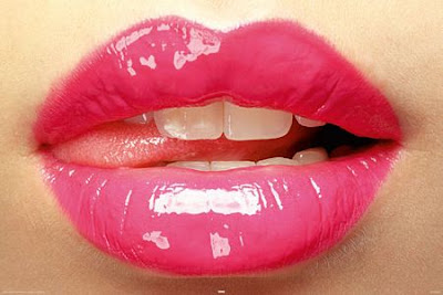 The best way to Make Your Lips Attractive Look