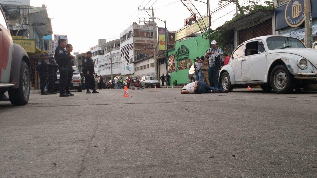 Video de Una Narco Fiesta en Monterrey, Nuevo Leon El Blog