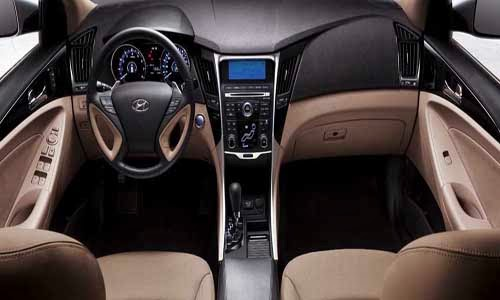 car on Novo Hyundai Sonata 2014