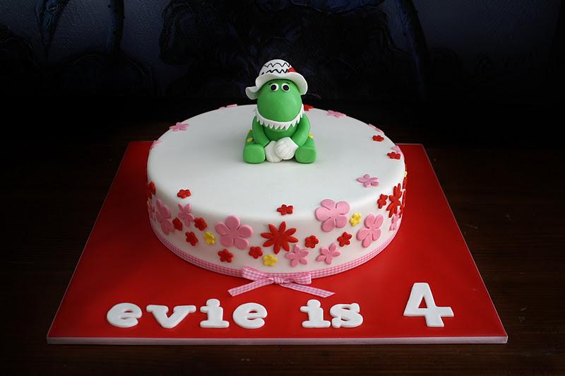 Sandys Cakes Dorothy the Dinosaur for Evie