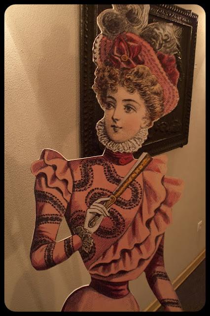 Dama w ramie. Portret. fot. Łukasz Cyrus