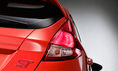 Ford Fiesta ST 2013 Montreal lumière complet