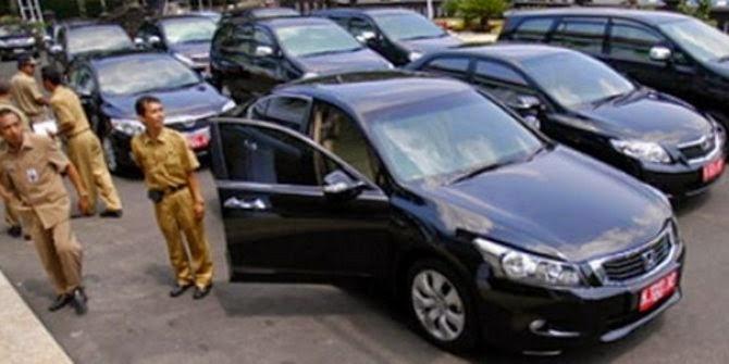 Bushet, Tunjangan Uang Muka Mobil Pejabat Dinaikkan Jokowi jadi Rp 210 juta