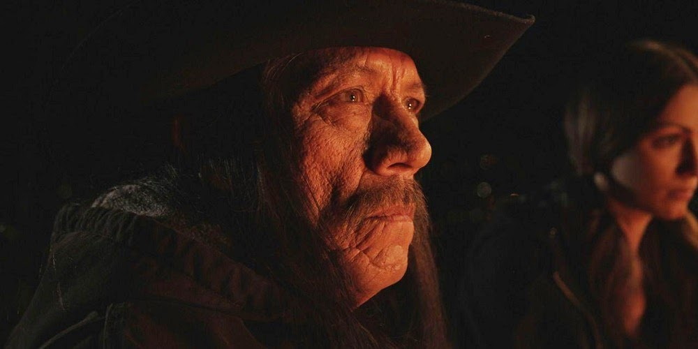 Danny Trejo em A SAGA MOLUSCO: ANOITECER (Breaking Wind)