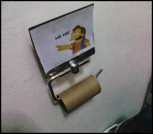 Imagen de porta papel higienico vacio.