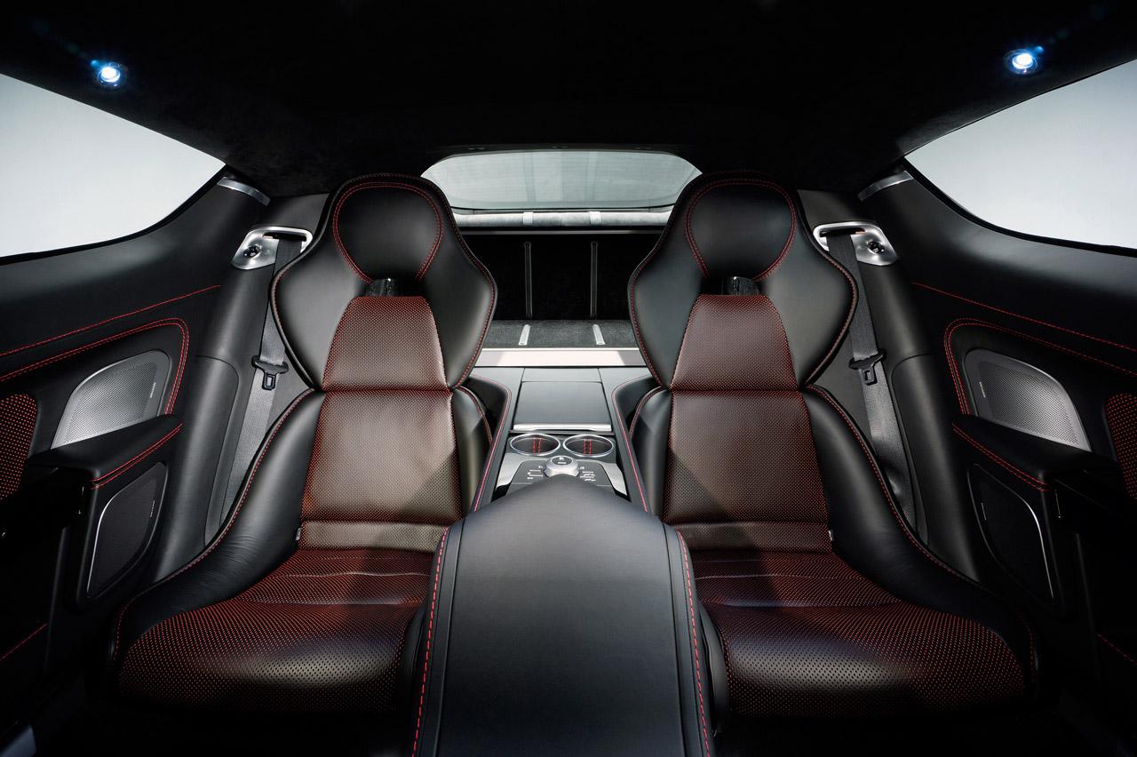 Aston Martin Rapide S Photos