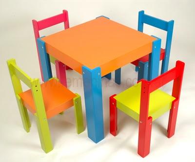 Muebles de colores para los ni os decoracion de salones for Muebles infantiles zaragoza