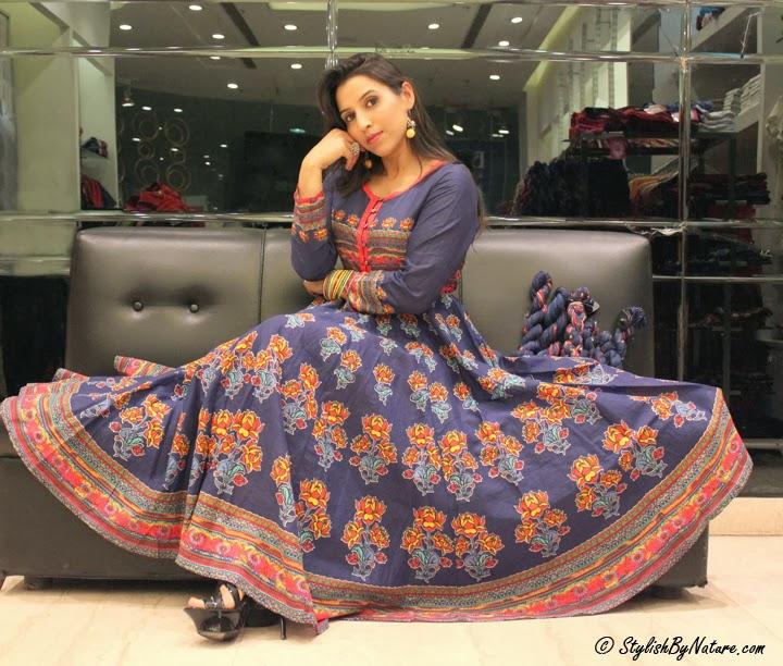 ethnic indian wear women