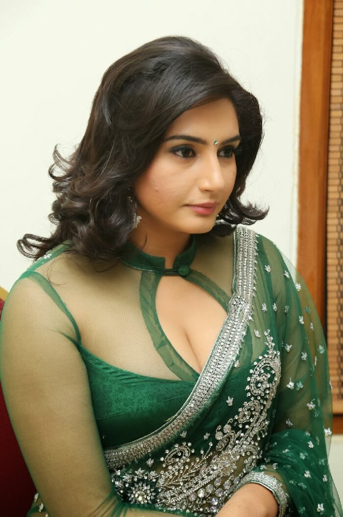 oops images girl Kerala hot