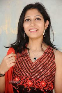 Geethopadesam-Heroine-Usha-Stills-at-Movie-Opening
