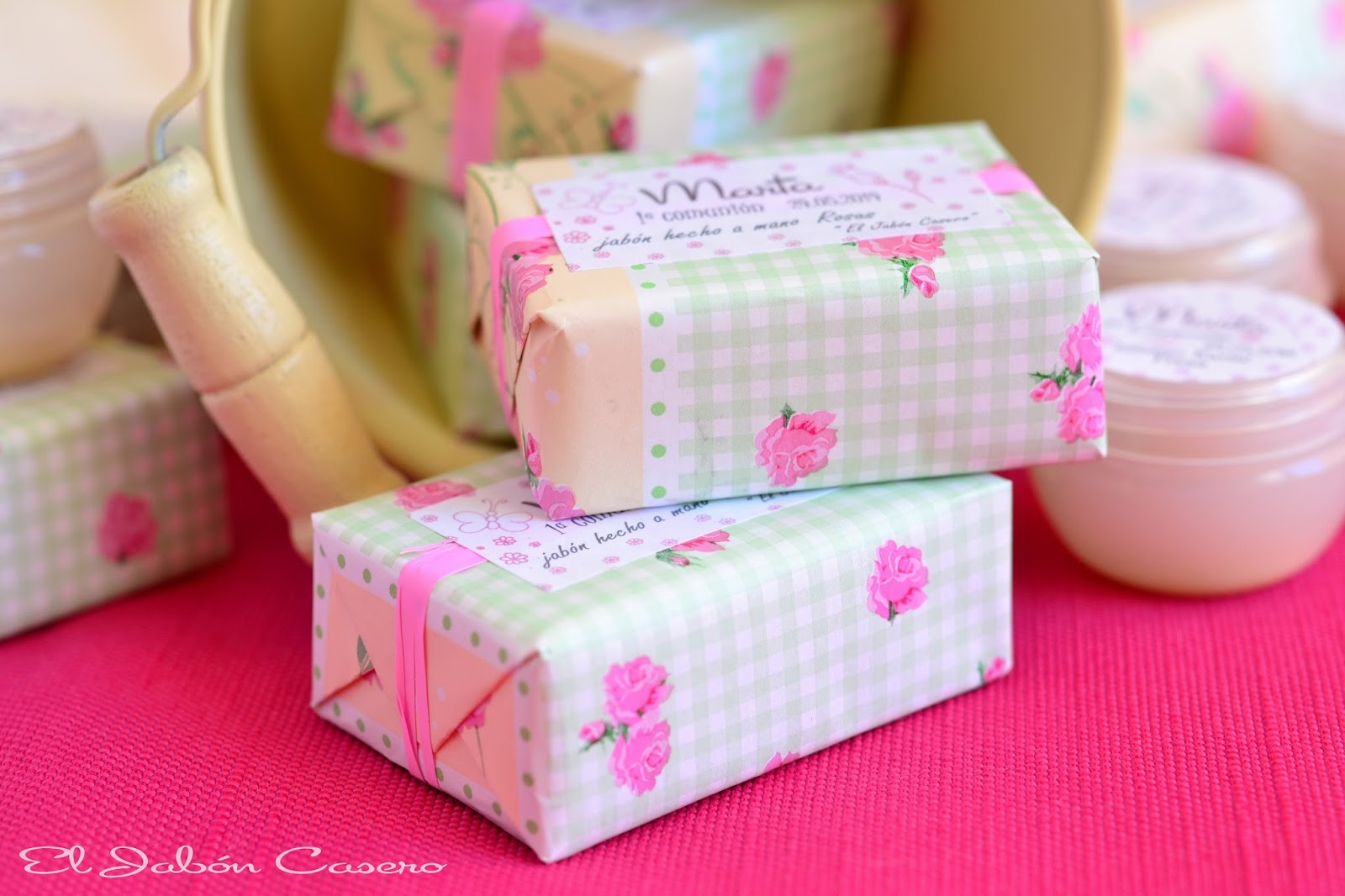 detalles comuniones jabones de rosas