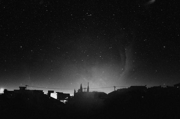 nydia lilian fotografia solitária triste melancólica noite fim do mundo