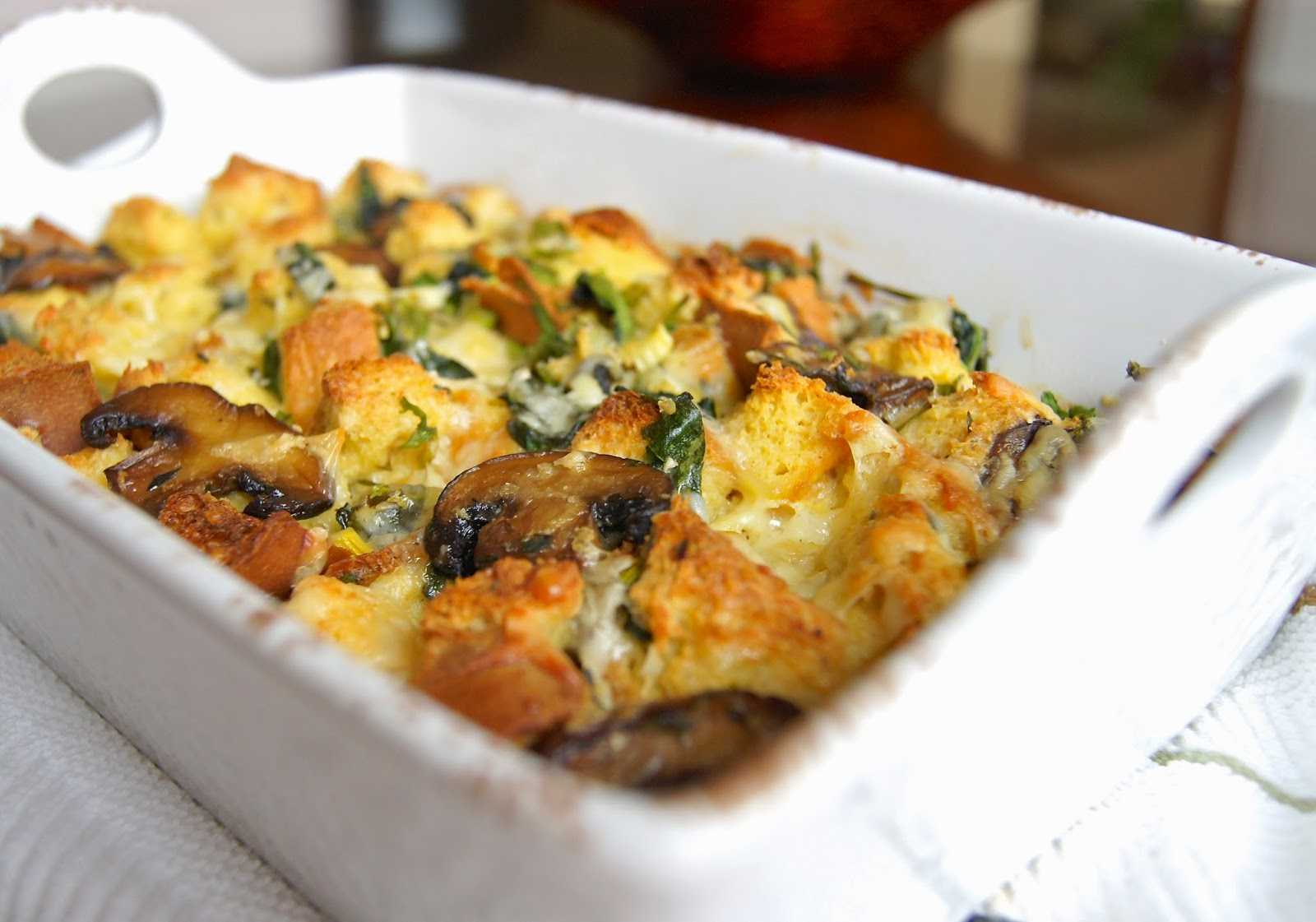 Healthy and Gourmet: Spinach, Mushroom & Cheese Strata - a savory ...