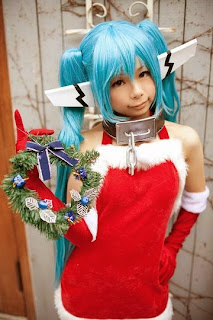 Sue cosplay as Nymph from Sora no Otoshimono