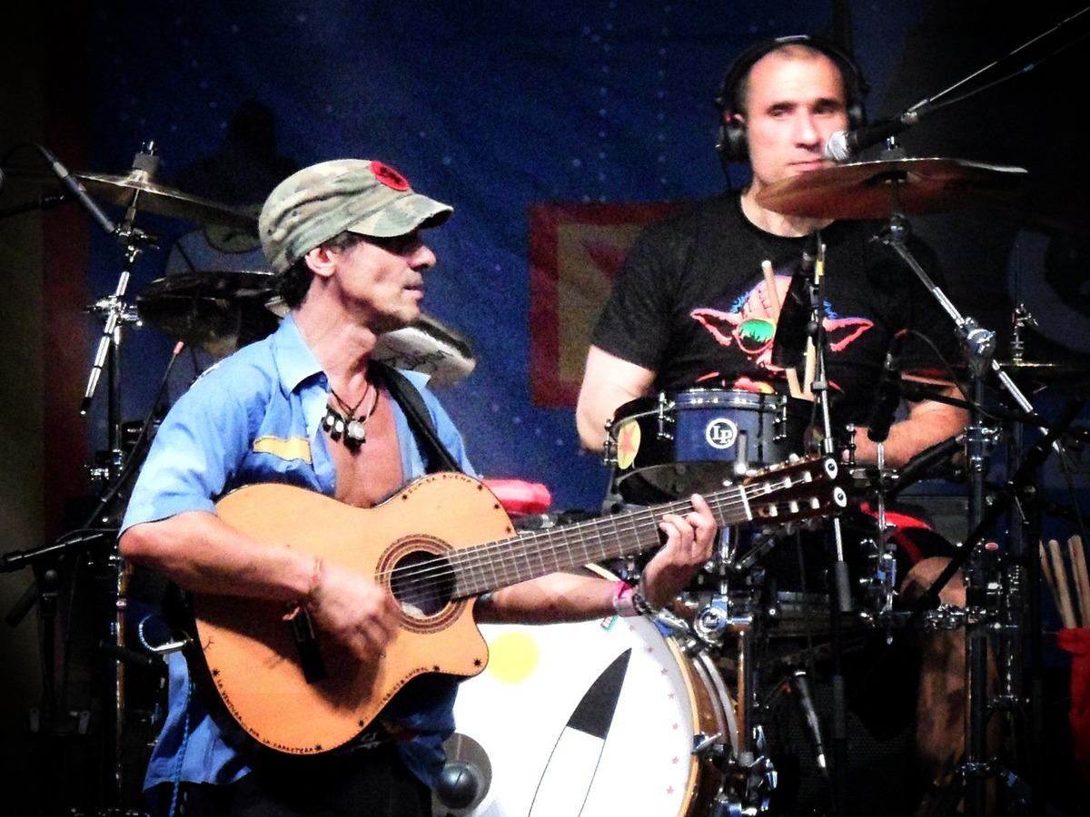 Manu Chao Mix Up