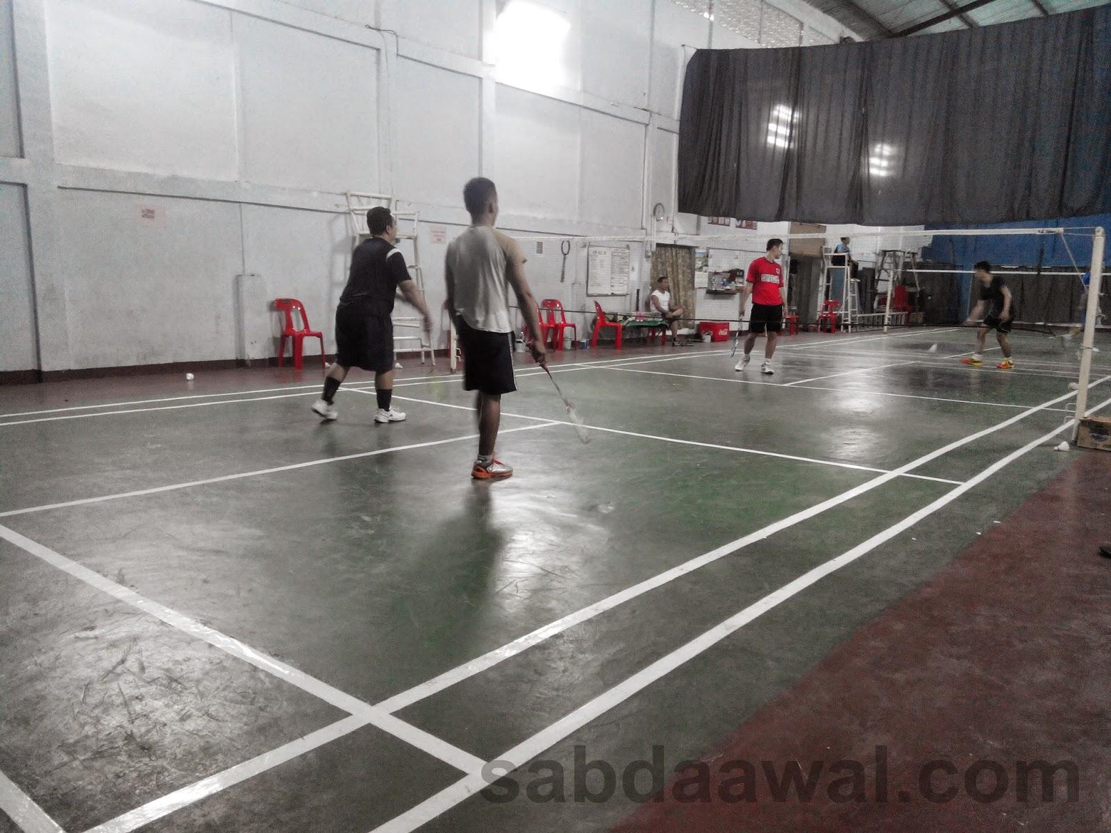 Gedung Joki Gor Badminton di Medan Johor