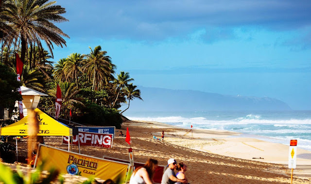 32 Vans World Cup 2014 Beach Mid Morning Foto ASP Ed Sloane