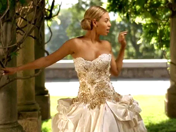 Elegant creations events wedding planners for Beyonce wedding dress pictures