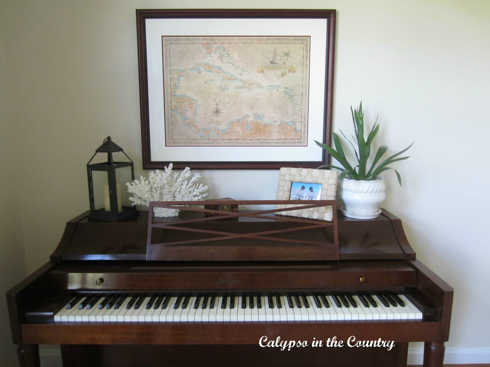 Piano decorating calypso in the country for Decoration keyboard