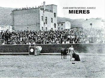 PLAZA DE TOROS DE MIERES 1964