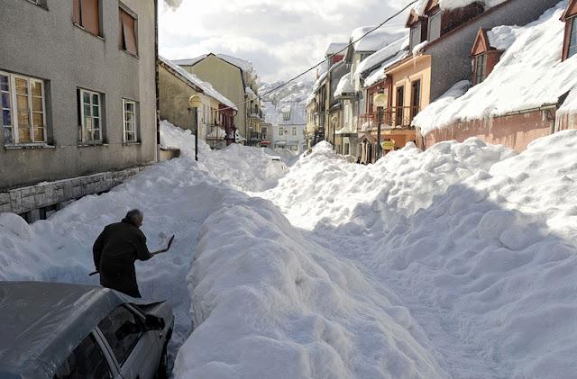 neve carro ruas cobertas impossivel sair