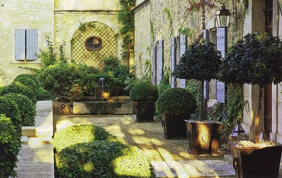 French courtyard gardens superb japanese modern shop for French country courtyard