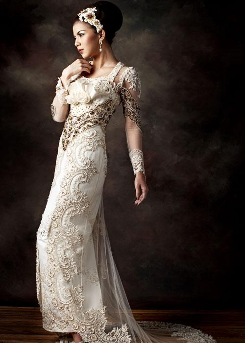 ... Kebaya : Evolution of Indonesian Traditional Dress Style   Indonesia