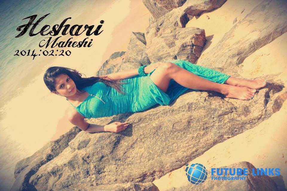 Heshari Maheshi hot beach legs